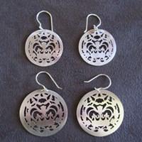 crownie earrings (plain), silver and pearl